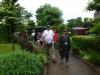 Holdet ankommer til Suntory whisky Destillery